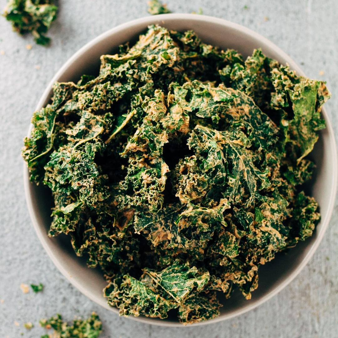 Dehydrated Raw Vegan Spicy Kale Chips