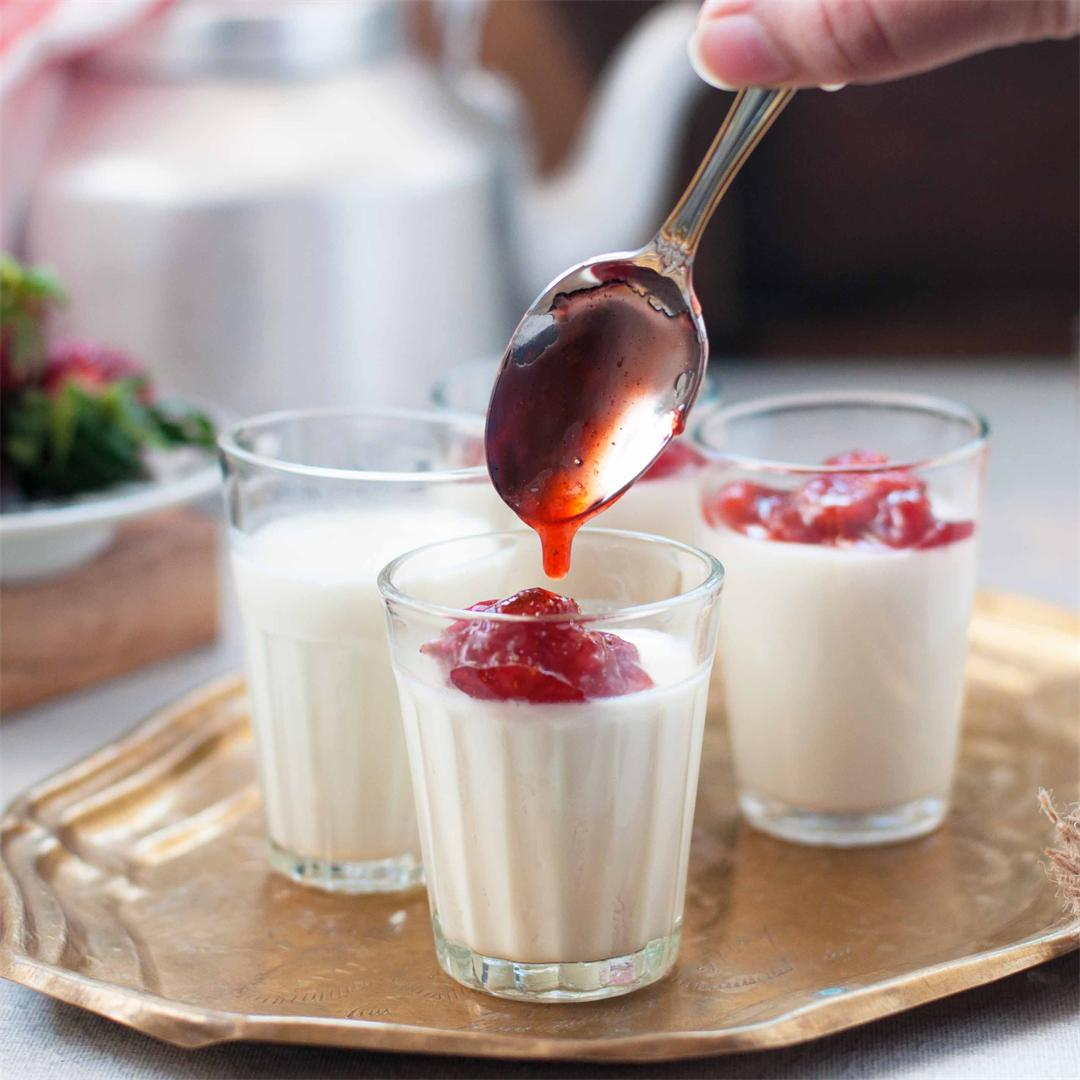 Vanilla Panna Cotta with Homemade Strawberry Compote