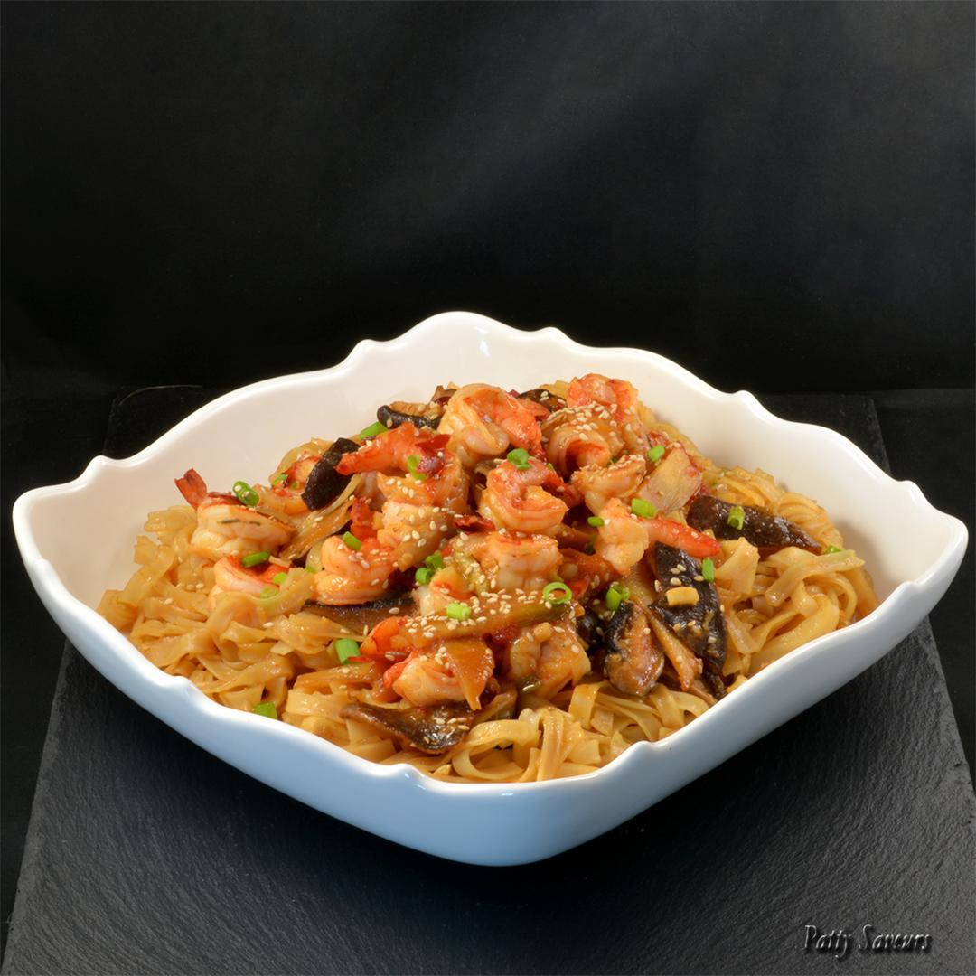 Shrimp Rice Noodles Stir Fry #glutenfree