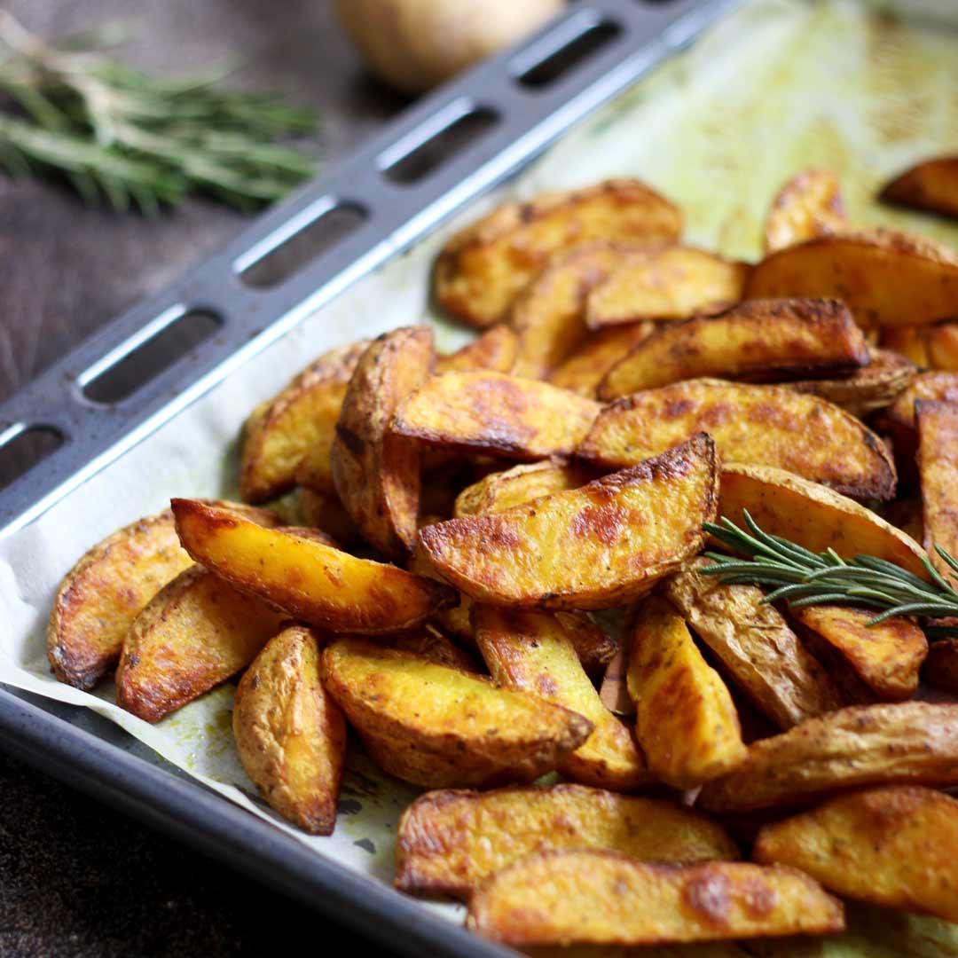 Easy Baked Potato Wedges