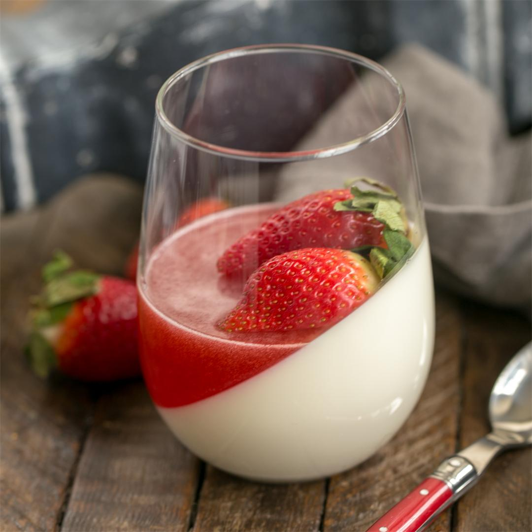 Vanilla Panna Cotta with Strawberry Gelee