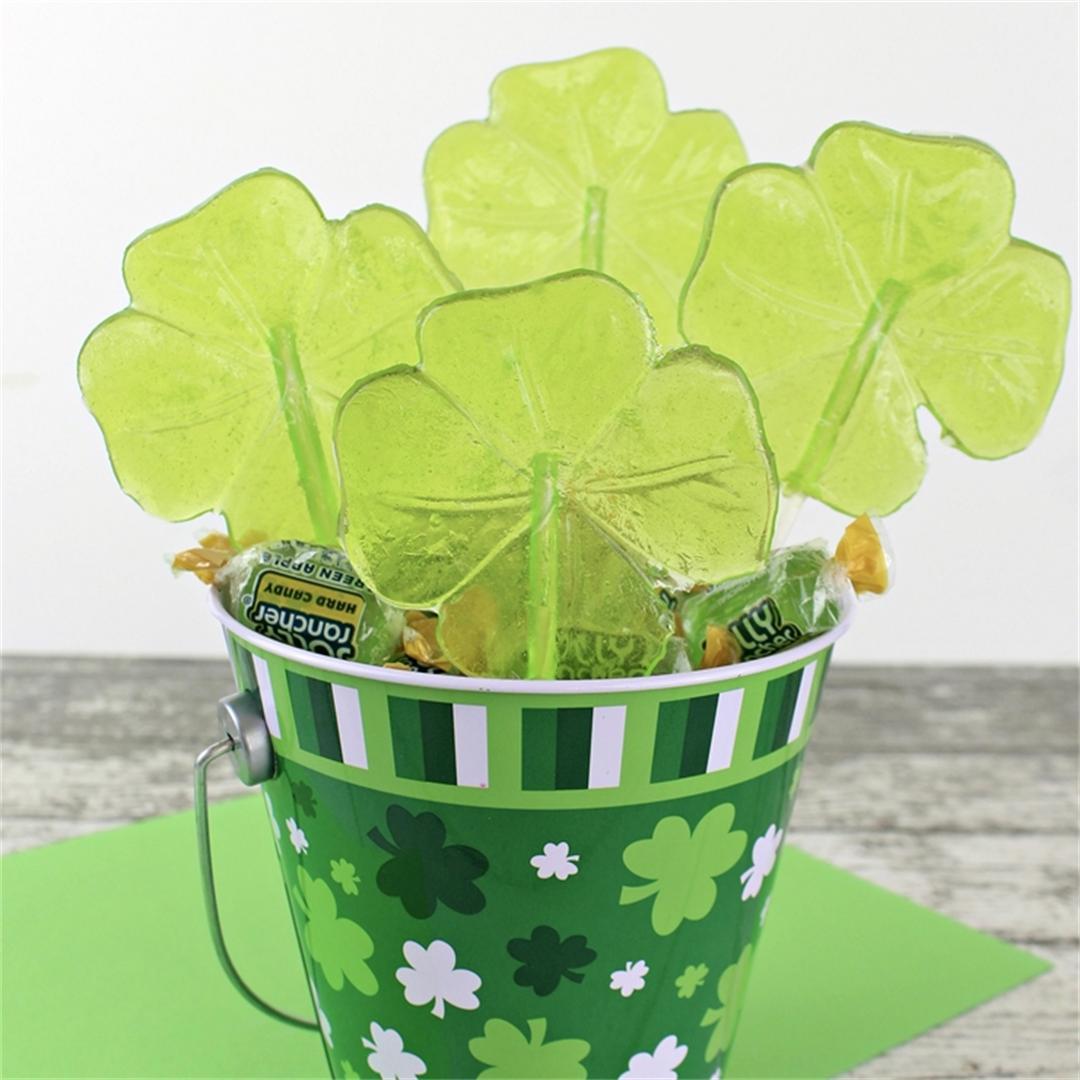 Easy Shamrock Lollipops for St. Patrick's Day