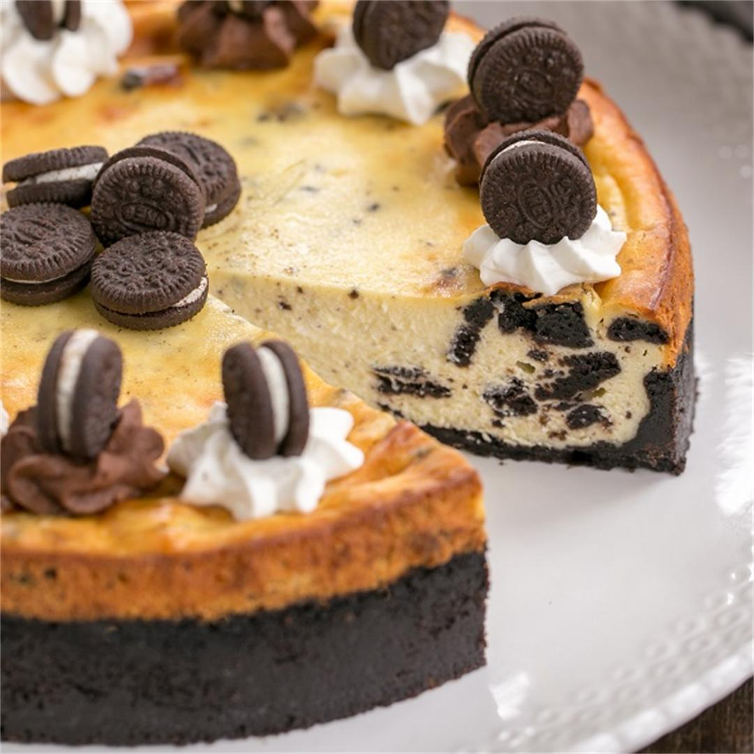 Oreo Cheesecake with an Oreo Cookie Crust