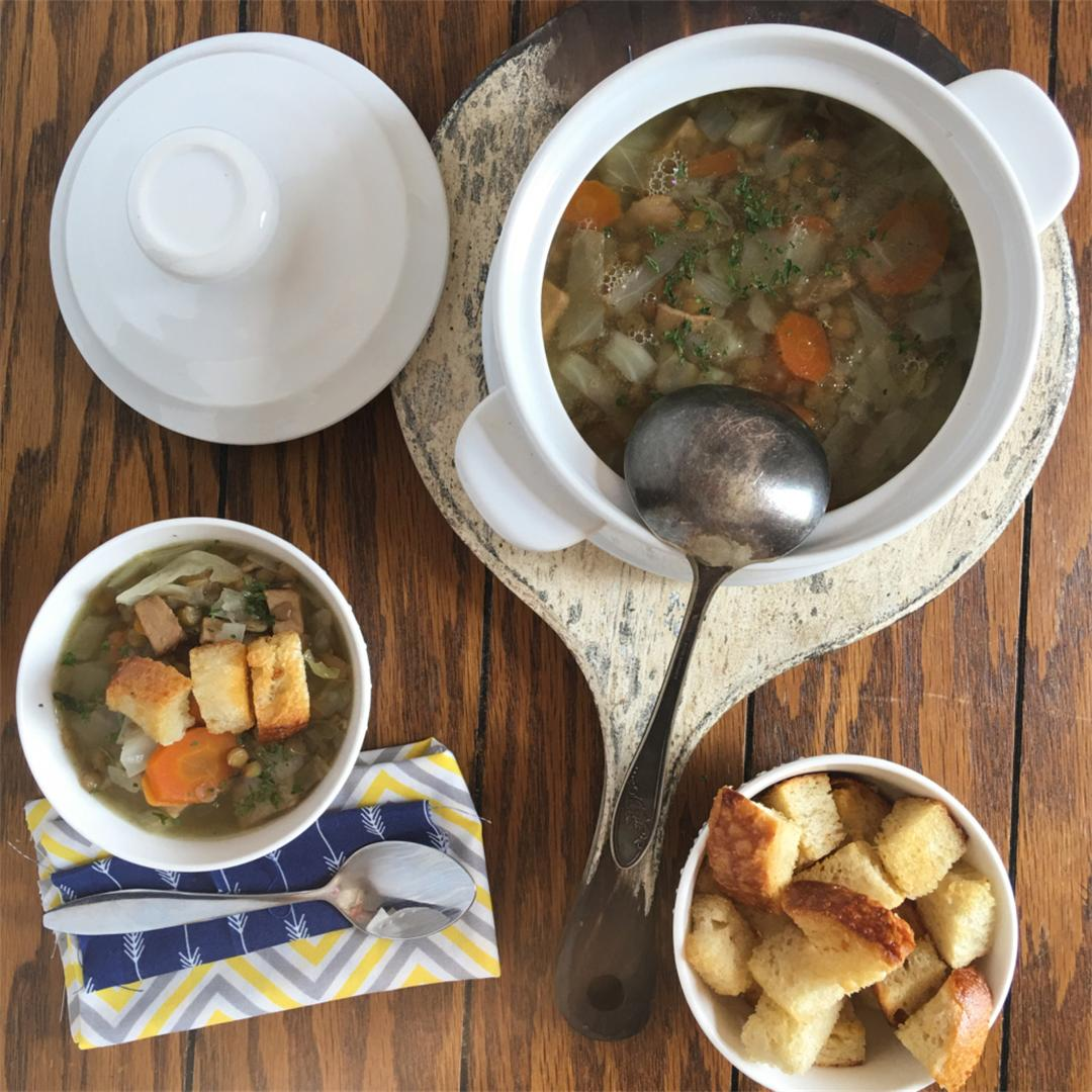 Pork and cabbage stew with lentils
