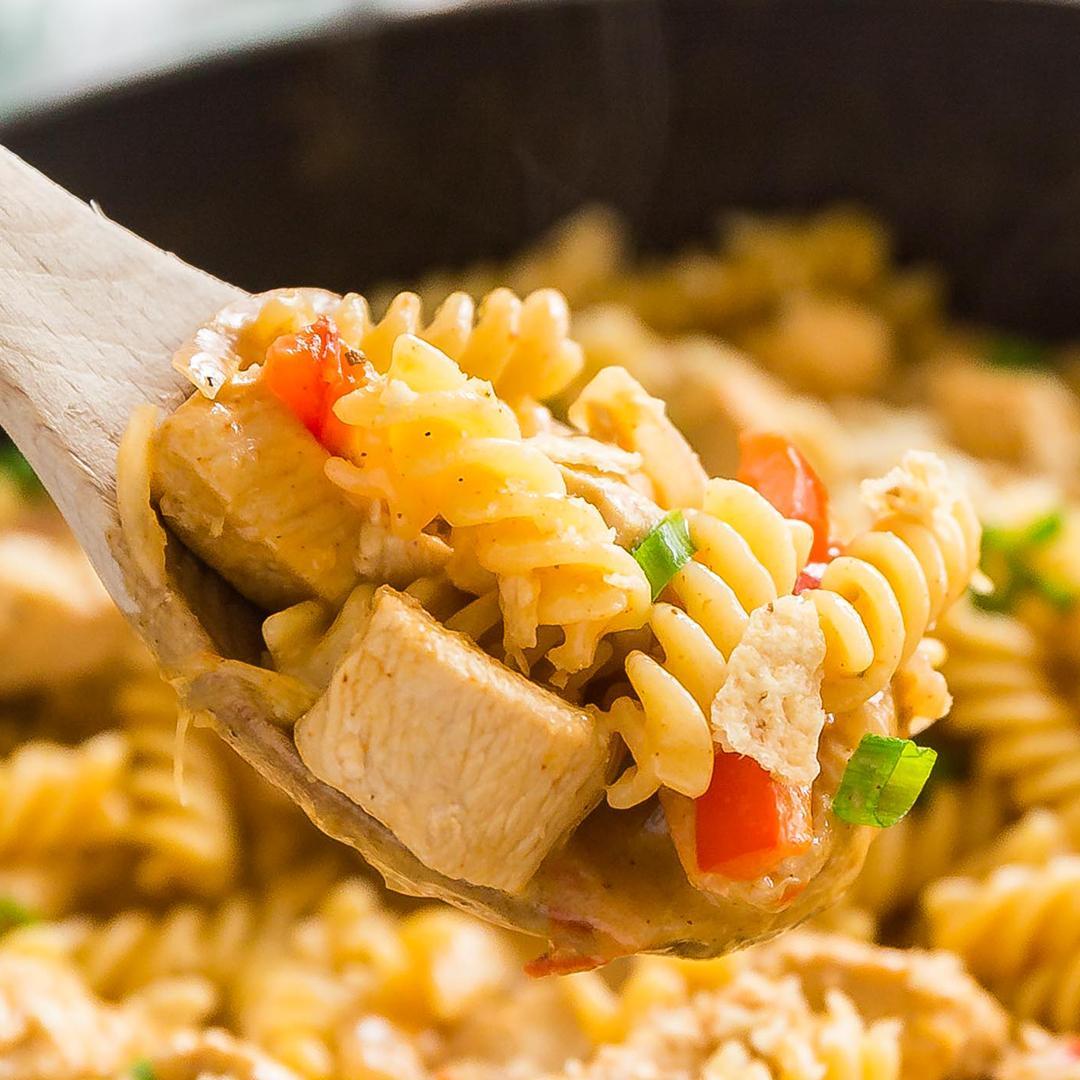 Creamy Chicken Fajita Pasta Recipe