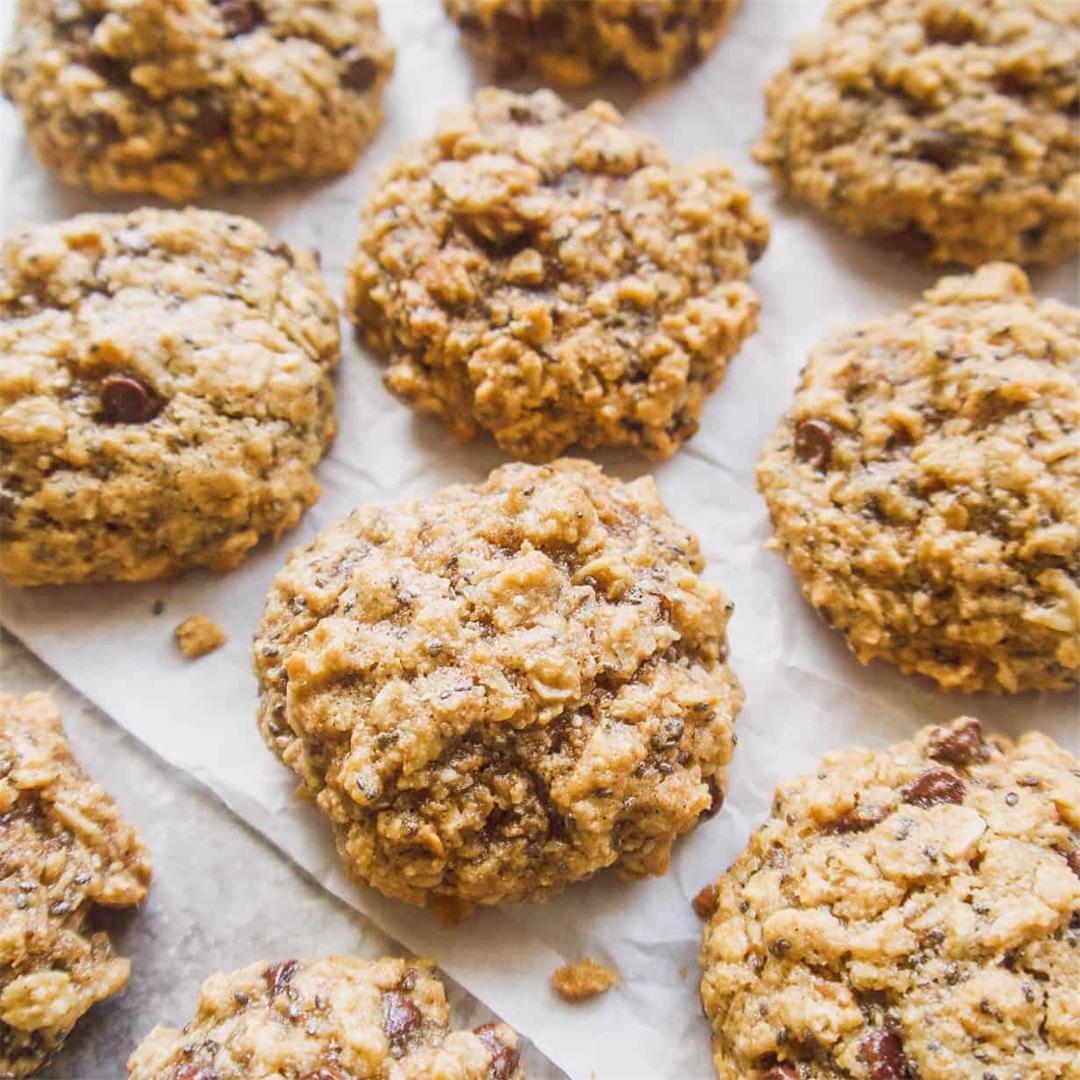 Gluten-Free Chia Oatmeal Cookies