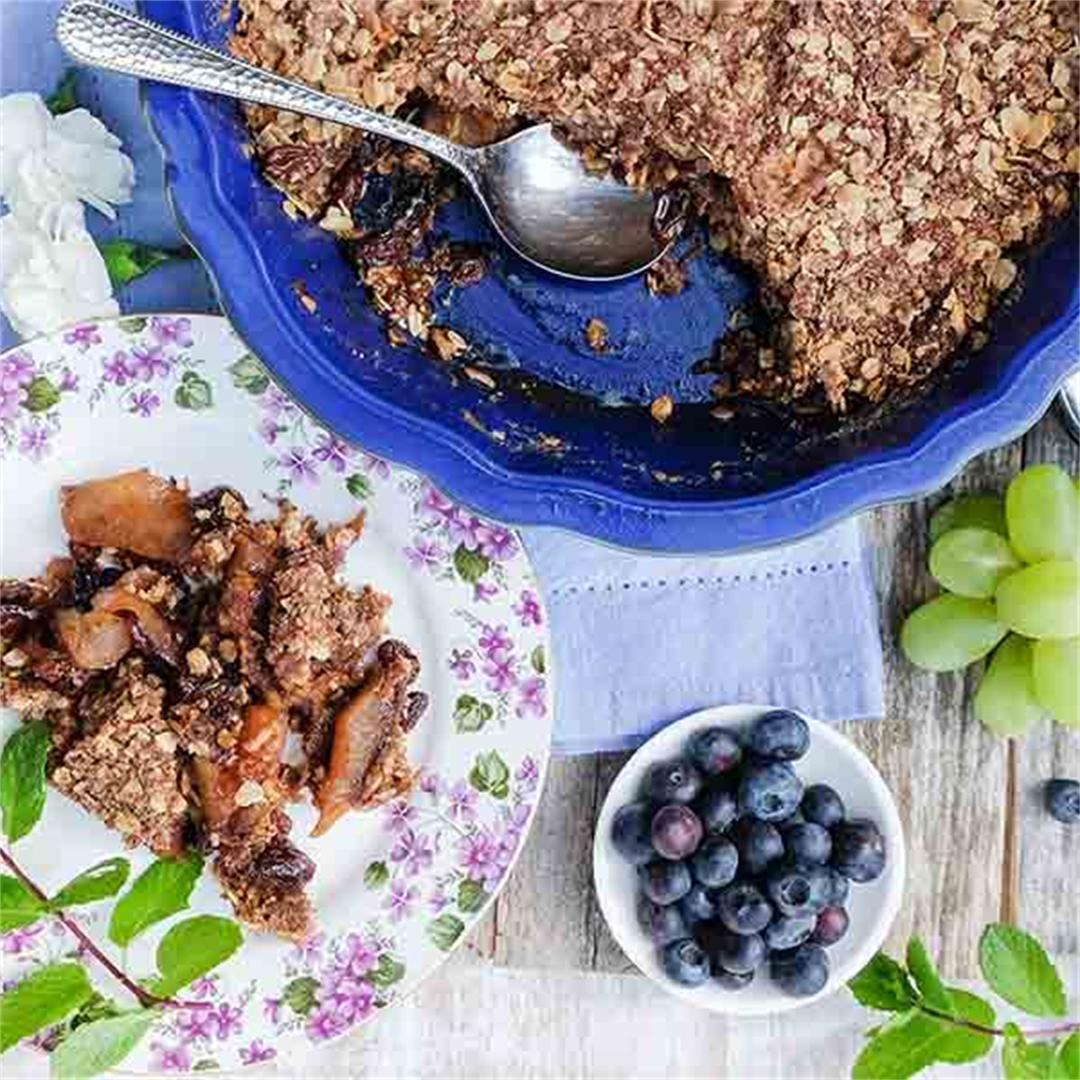 Gluten Free Apple-Raisin Crumble with Oat Topping