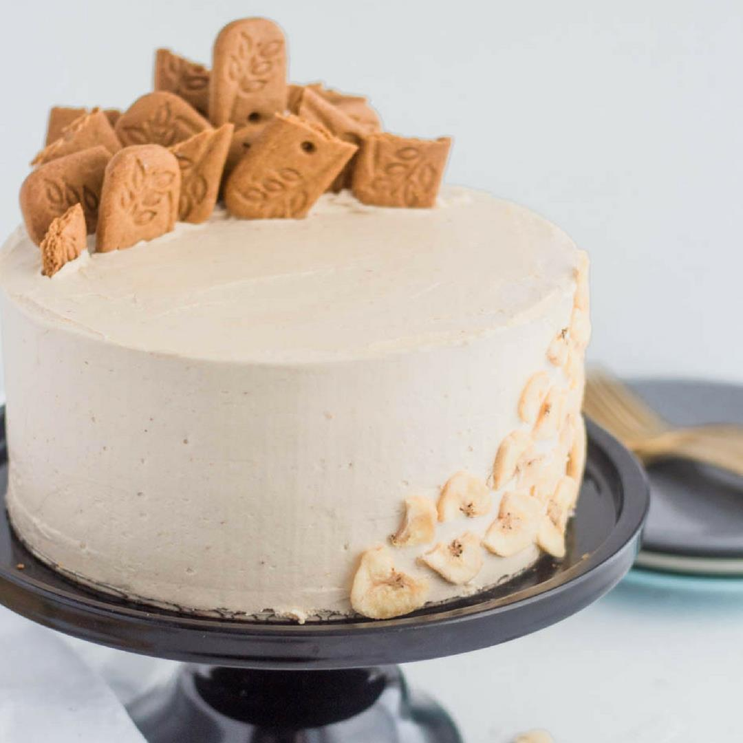 Banana Sponge Cake with Cookie Butter Buttercream