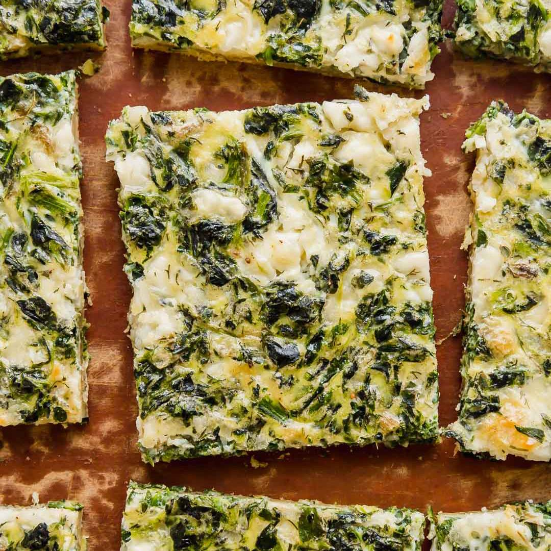 Spinach and Feta Breakfast Puff Pastry Pizza