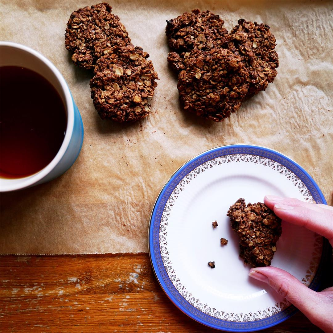 Free From Chocolate Oat Cookies