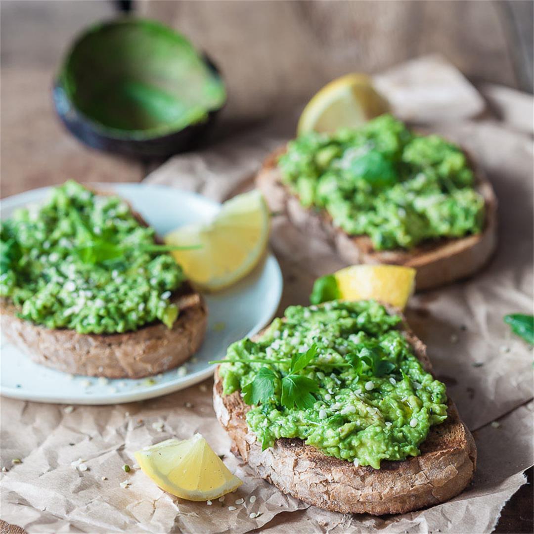 5-minute Vegan Avocado Toast