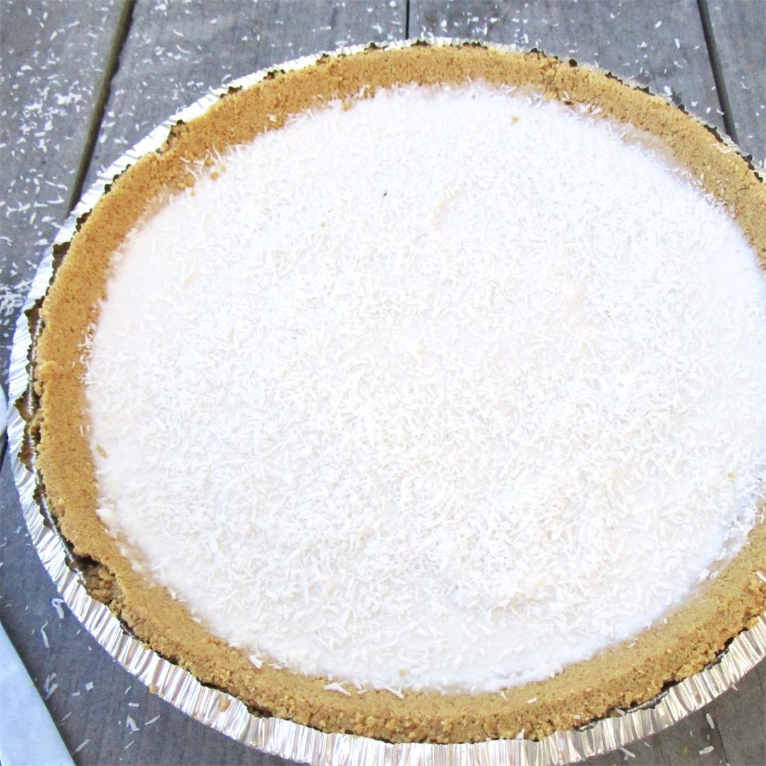 Vegan Frozen Coconut Cream Pie