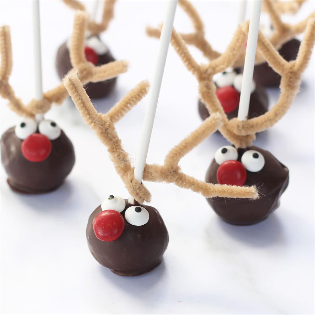 Reindeer Donut Pops