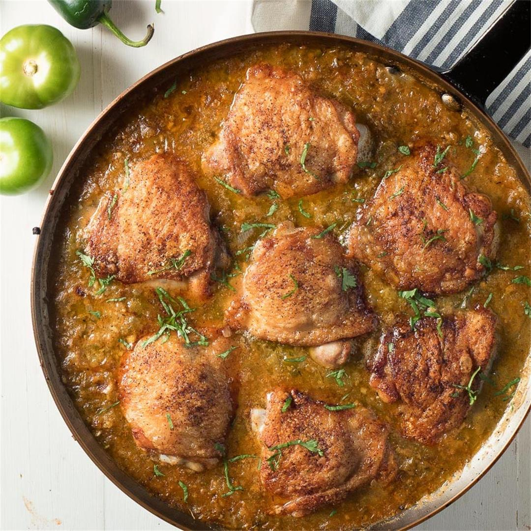 Skillet Chicken with Tomatillo Sauce