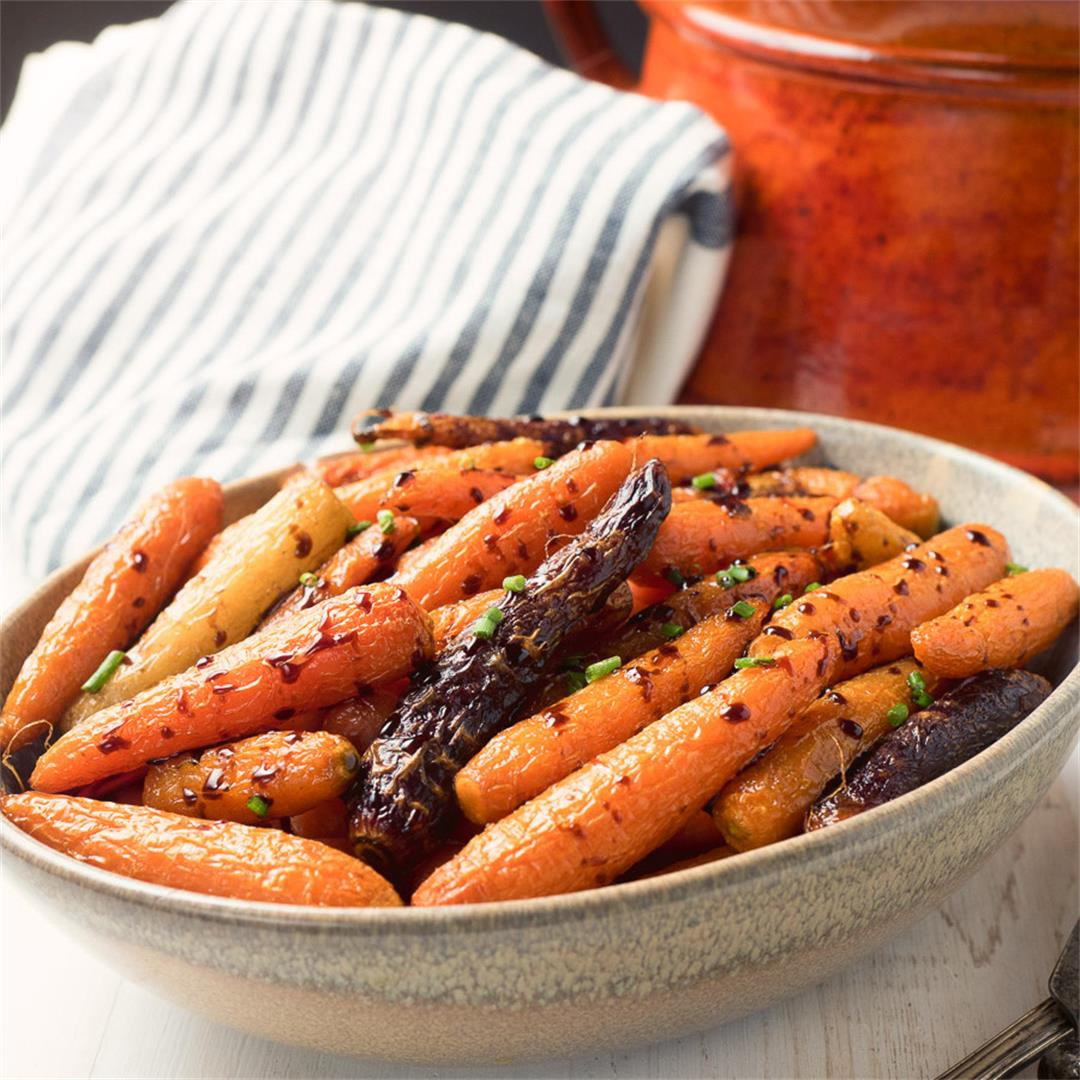 Balsamic Glazed Roasted Carrots