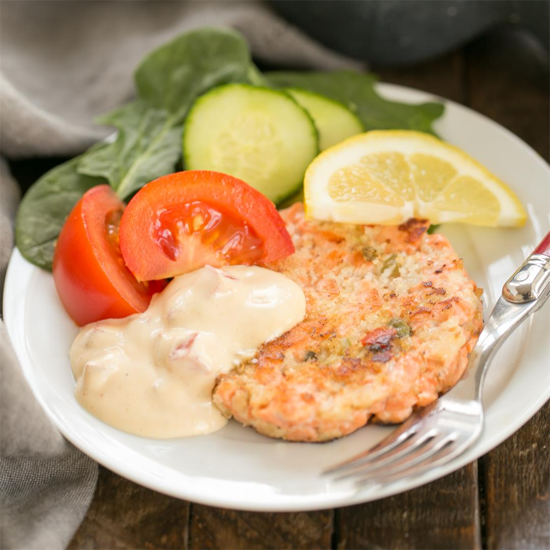 Fresh Salmon Cakes with Homemade Remoulade