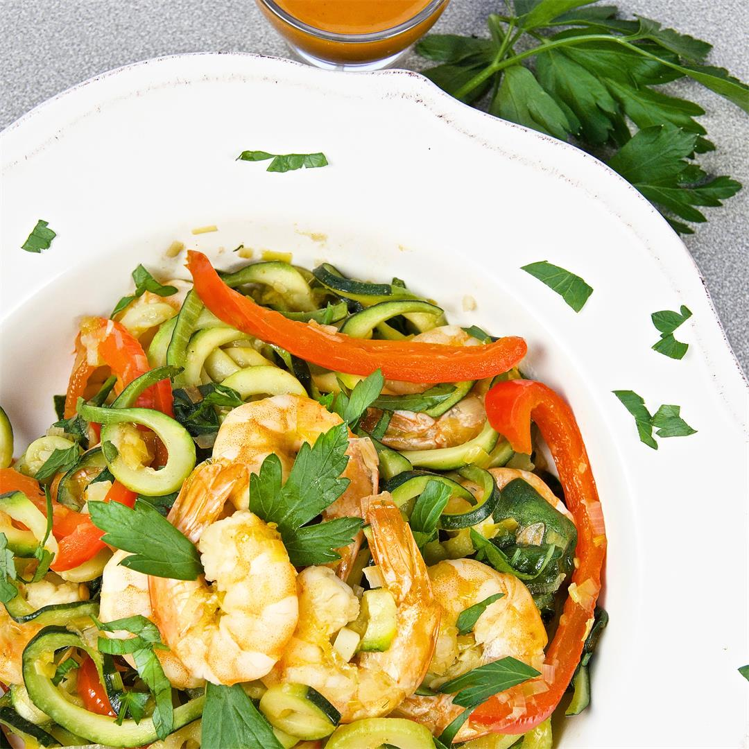 Healthy Zucchini Noodles with Shrimp One Skillet Dinner