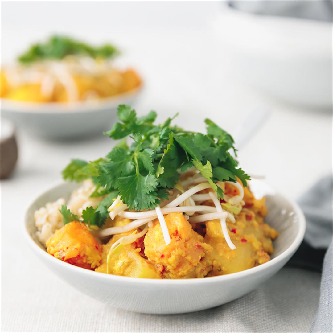 Balinese Turmeric & Coconut Vegetable Curry