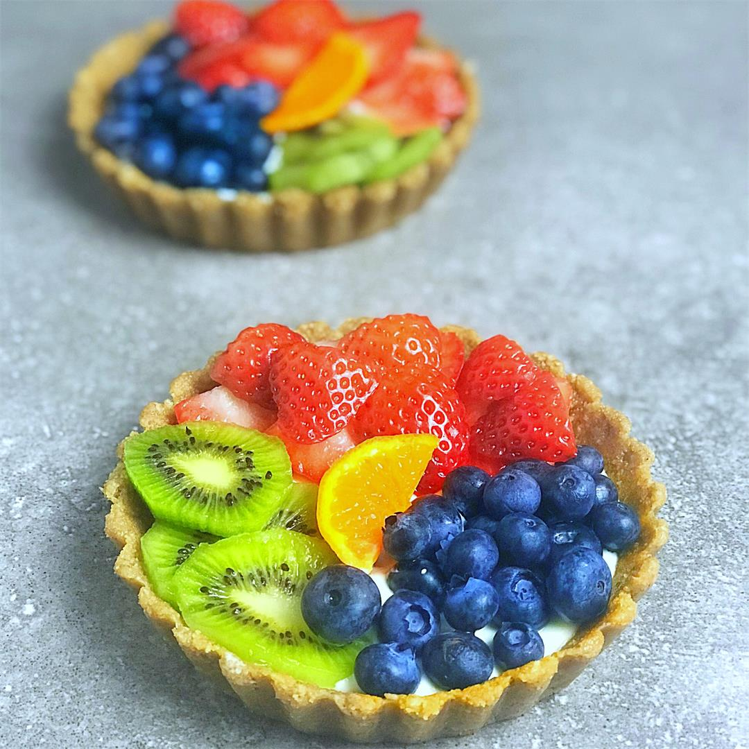 Rainbow Fruit Tart (No-Bake)
