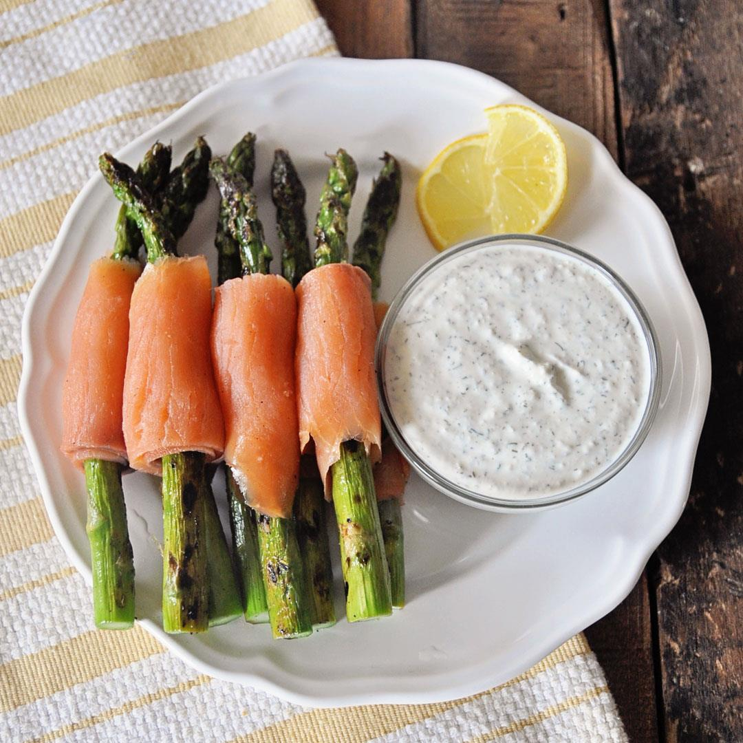 Grilled Asparagus Wrapped in Smoked Salmon & Garlic Yogurt Dip