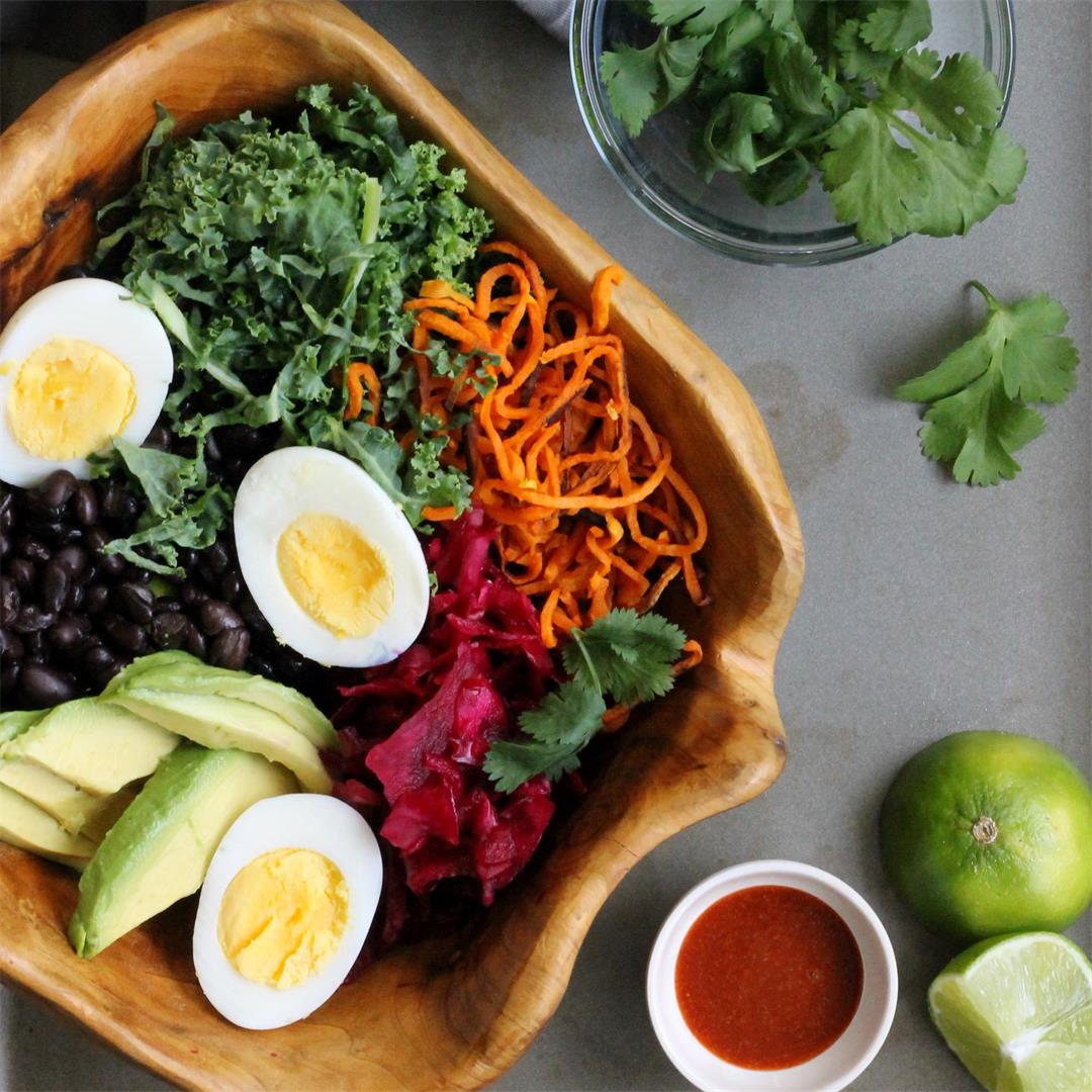 Amazing Buddha Bowl with Spicy Sriracha Dressing