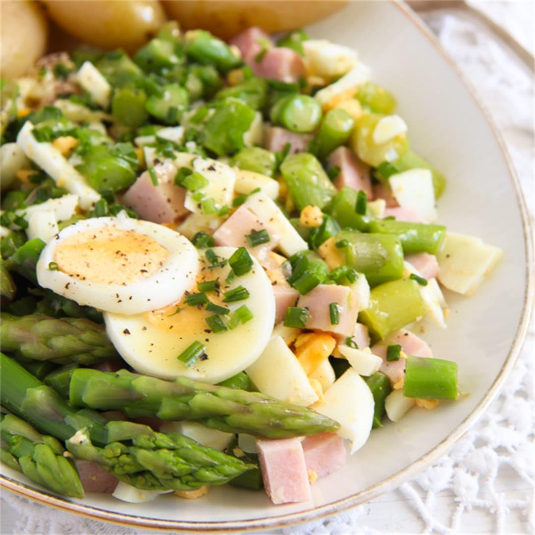Asparagus Salad with Hard-Boiled Eggs and Ham