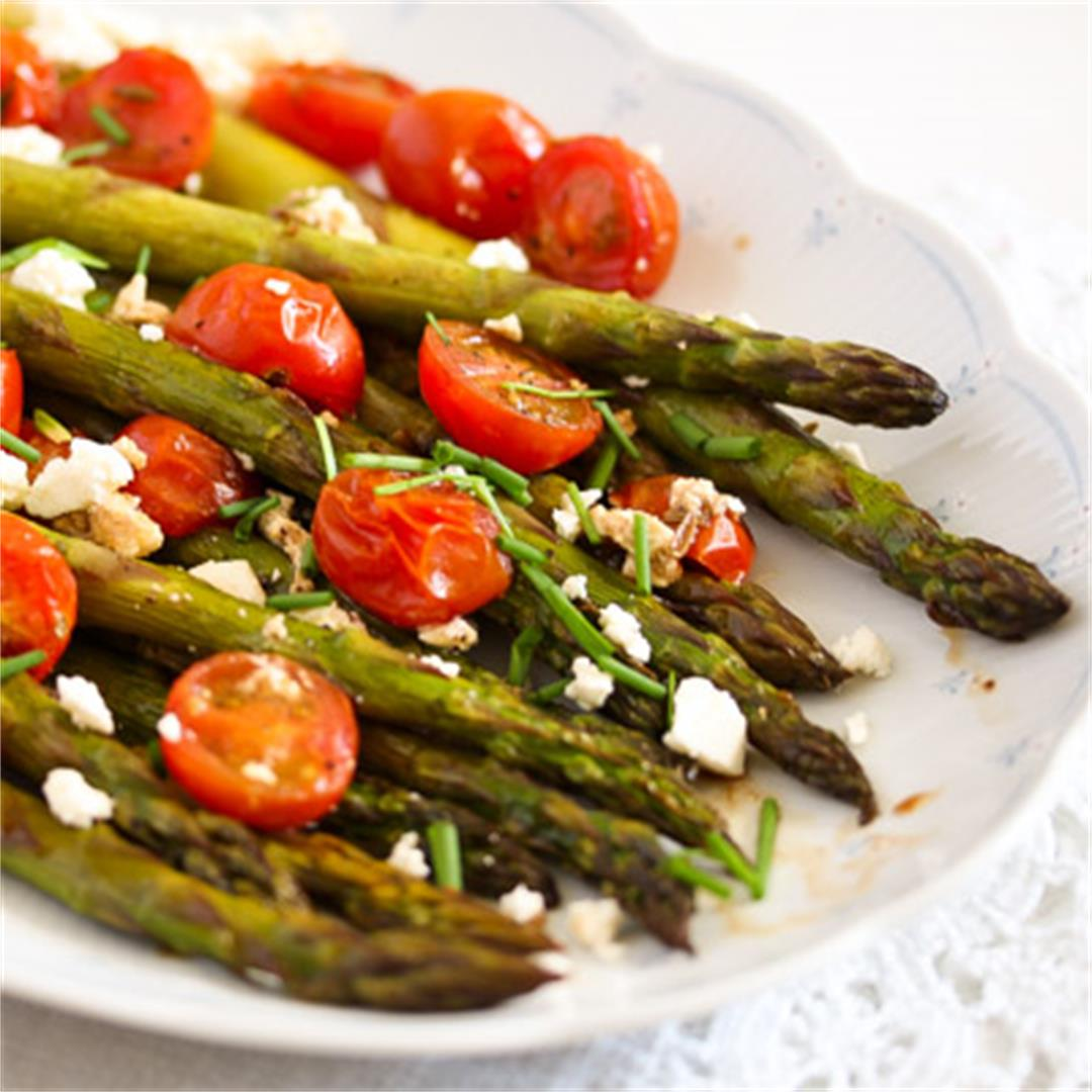 Roasted Asparagus Recipe with Tomatoes and Feta
