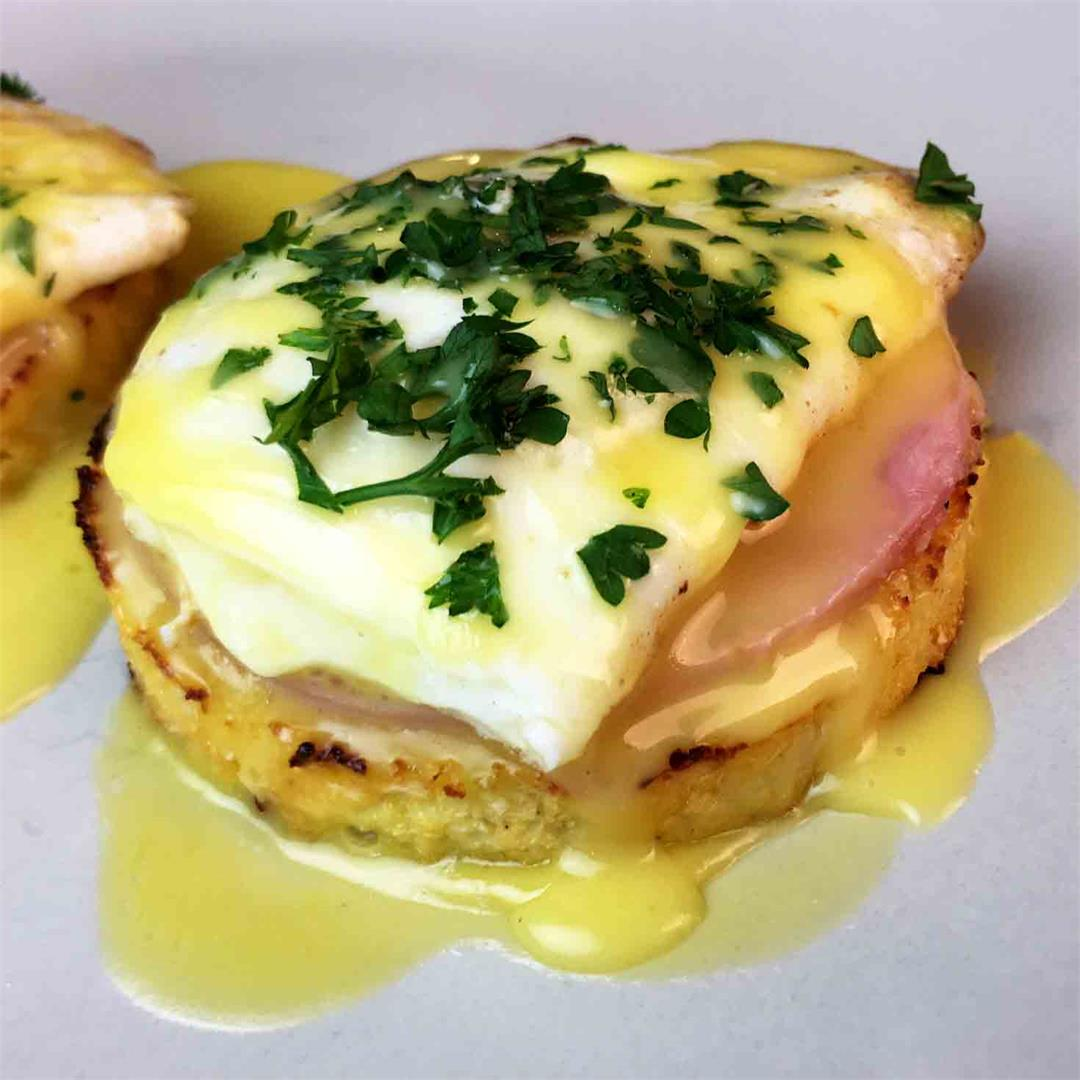 Low Carb Cauliflower Eggs Benedict