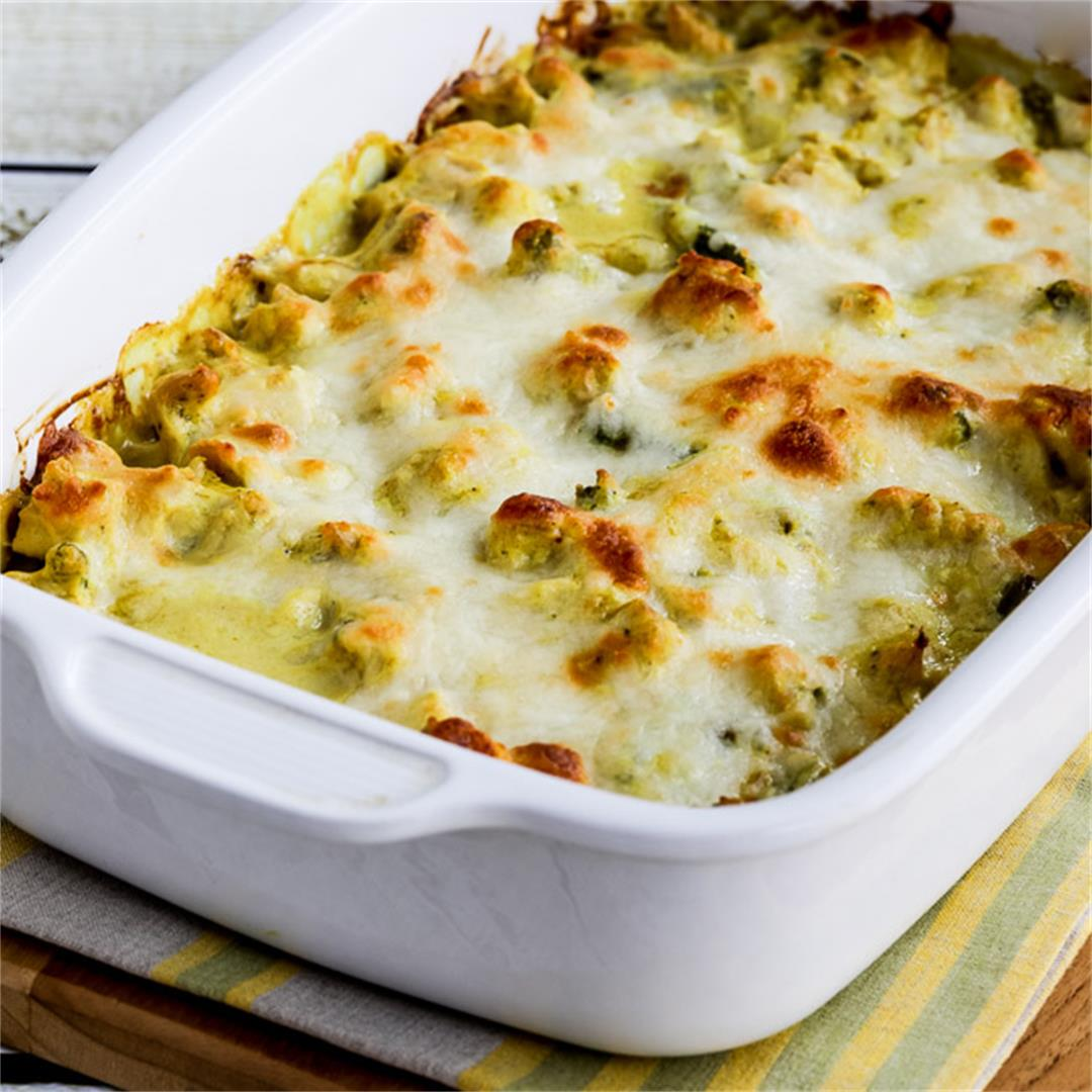 Low-Carb Chicken and Asparagus Bake with Creamy Curry Sauce