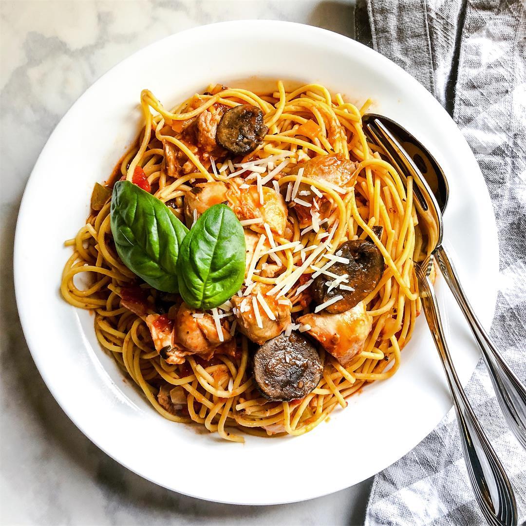 Slow Cooker Chicken Cacciatore & Spaghetti