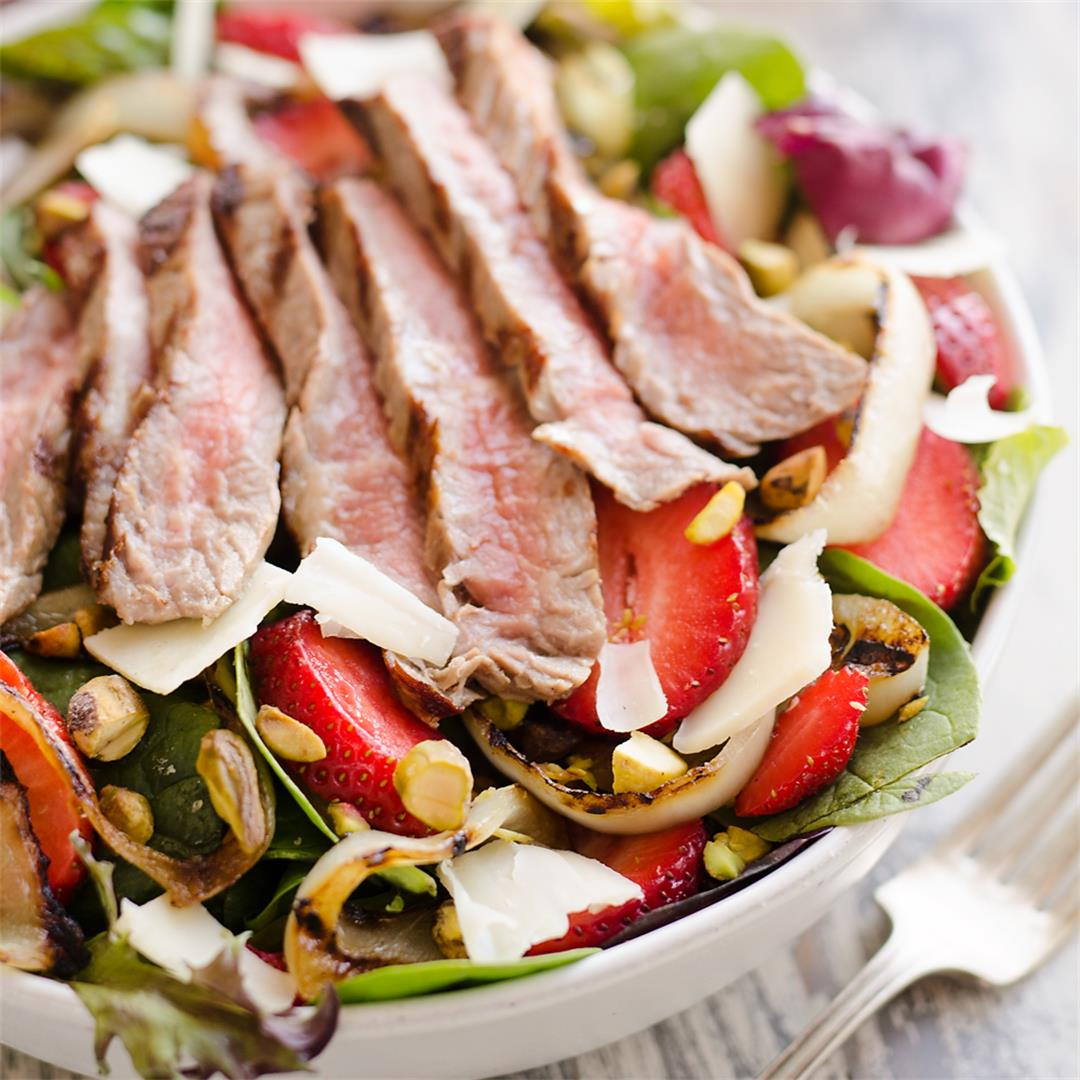 Grilled Steak Strawberry Salad