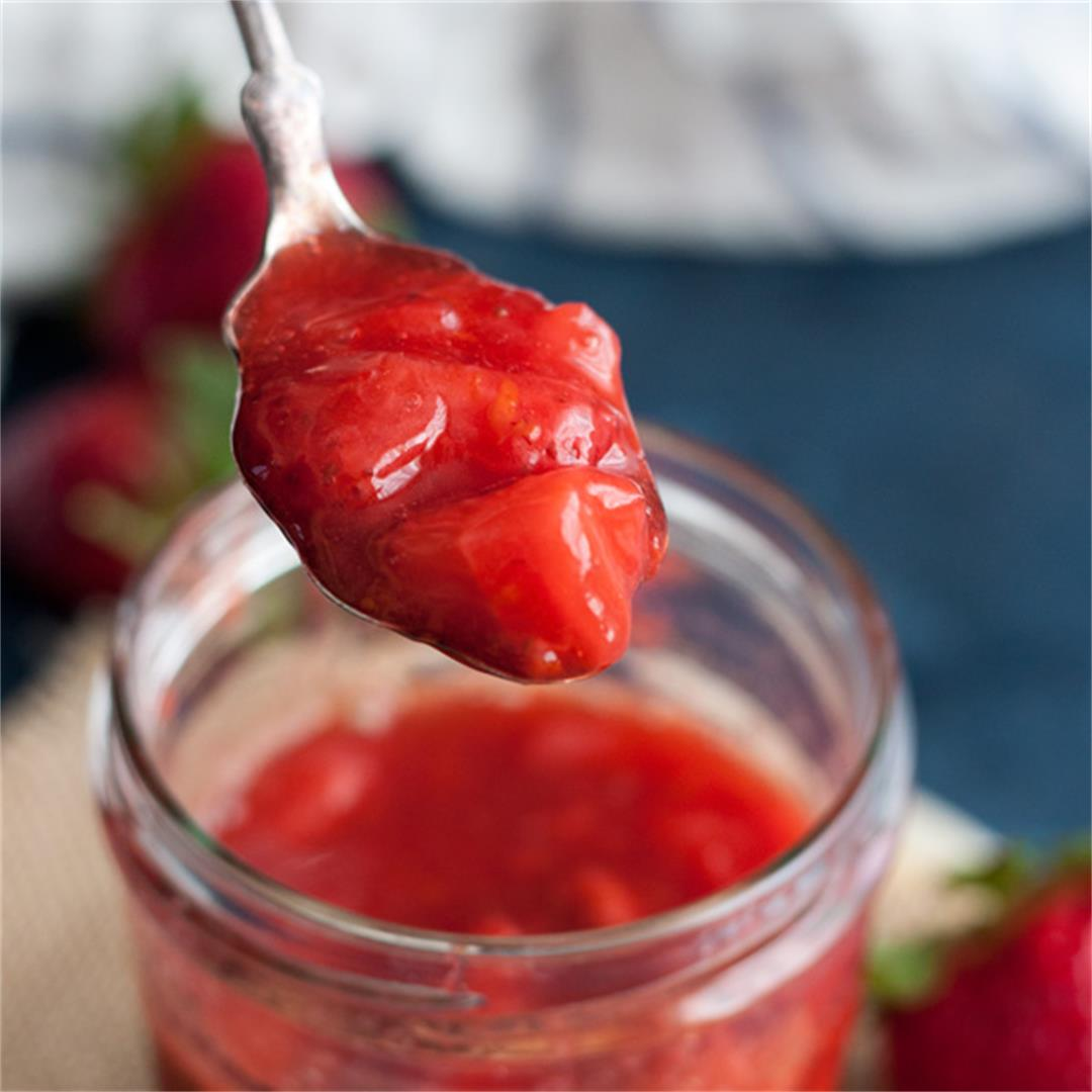 Easy 10-minutes Strawberry Compote
