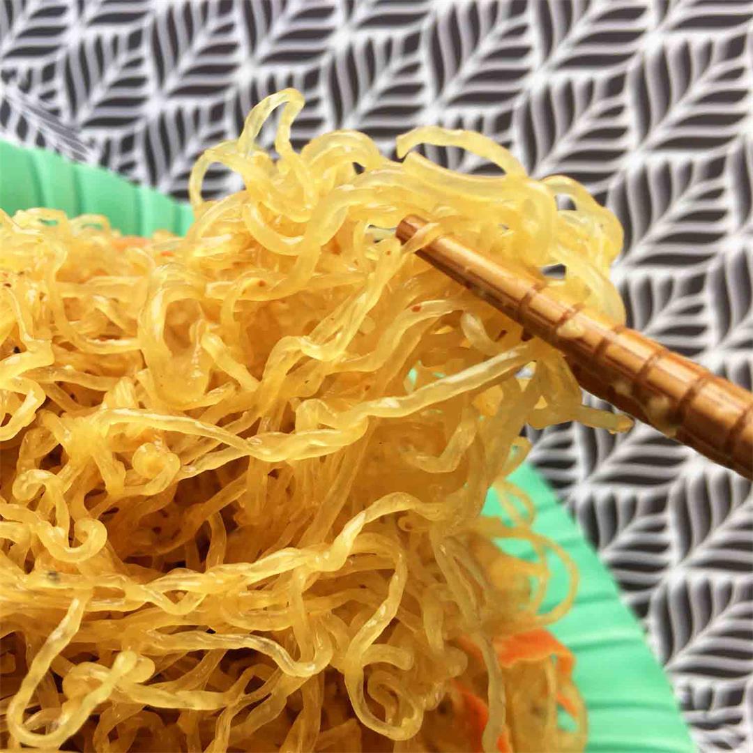 Low Carb Cold Peanut Noodle Salad with Kelp Noodles