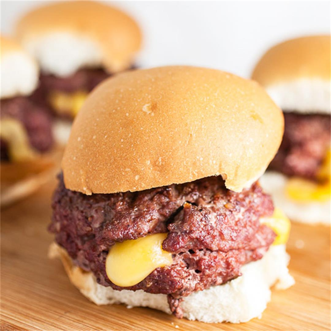 Juicy Lucy Burger Recipe