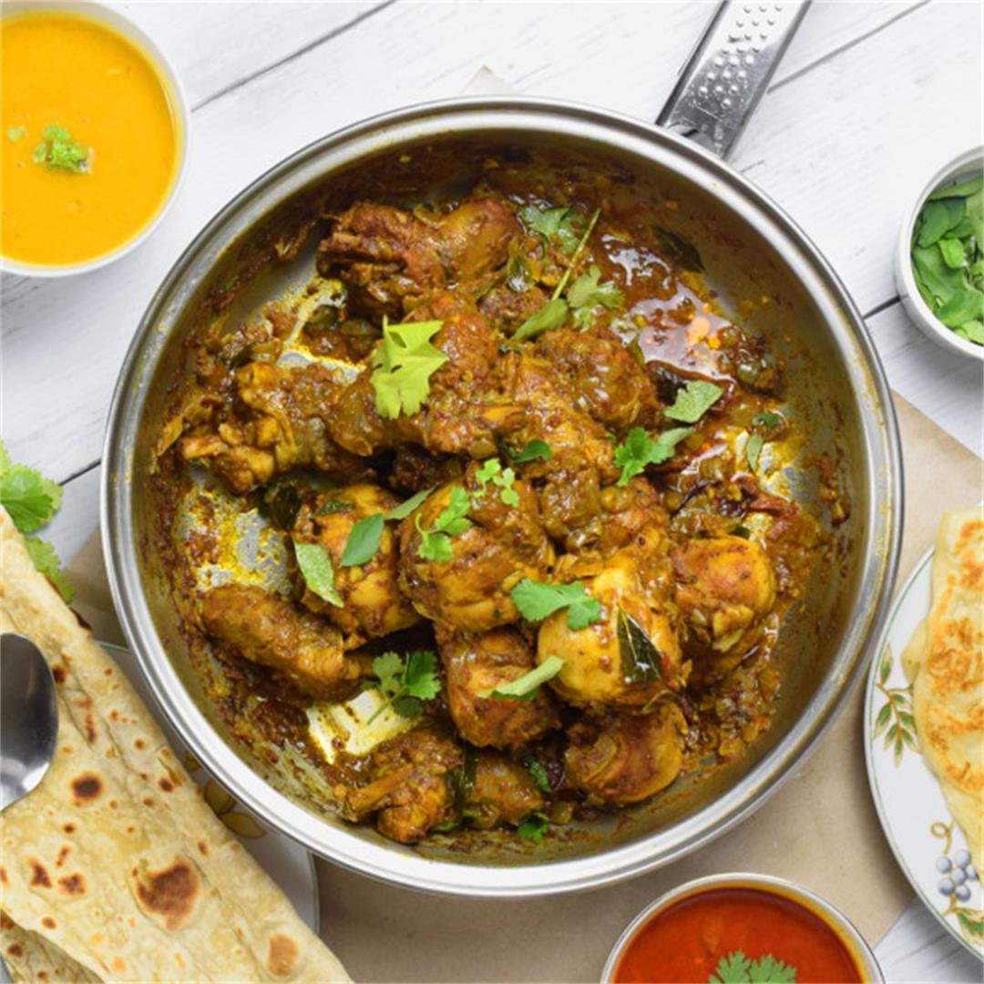 Chicken Varuval (spicy dry-fried chicken)