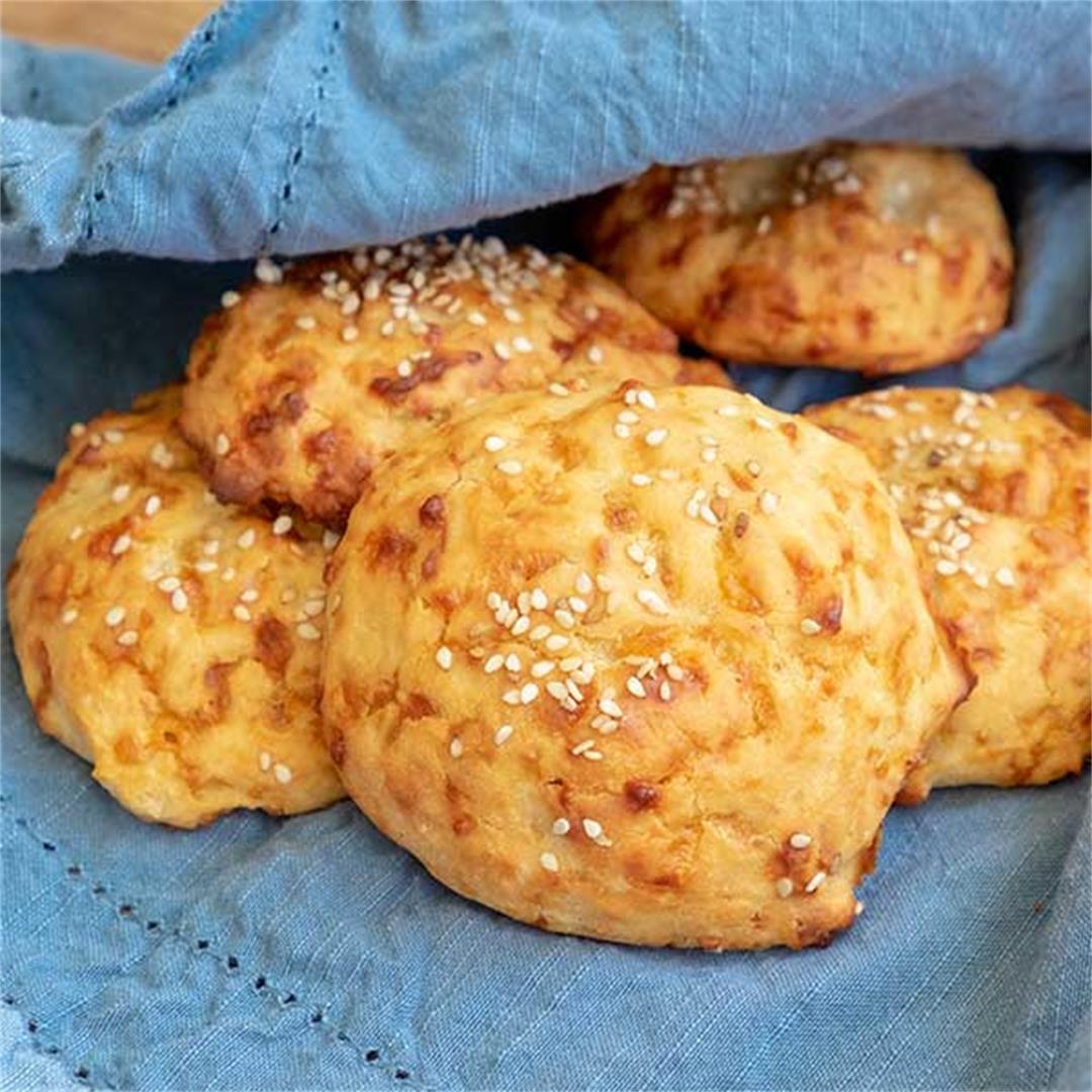 4 - Ingredient Gluten-Free Cheese Buns