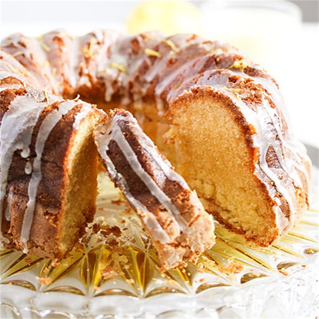 Limoncello Cake with Lemon Glaze – Bundt Cake Recipe