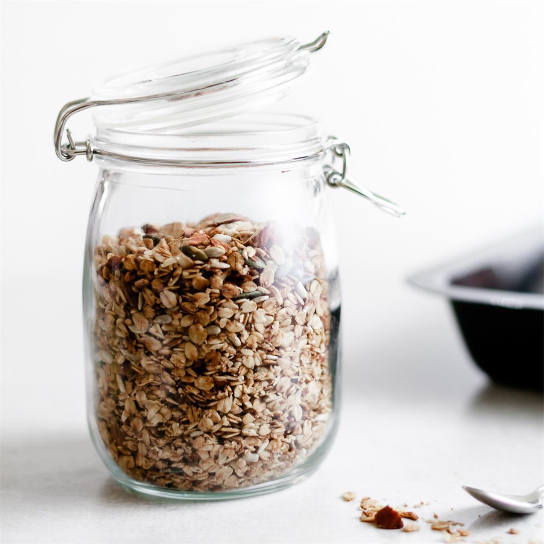 Almond and Maple Granola
