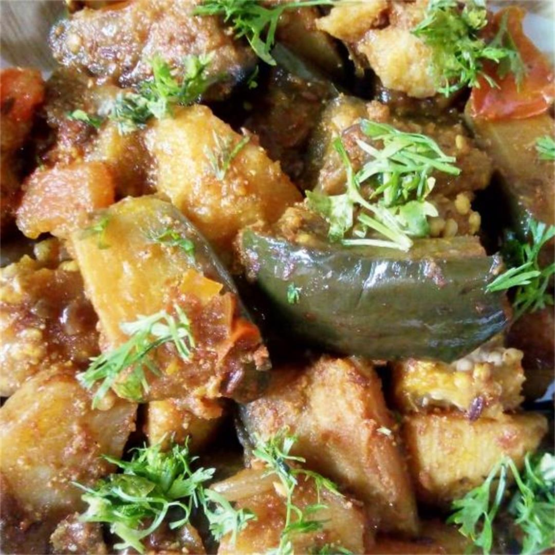 This is a combination of potatoes and egg plant with spices