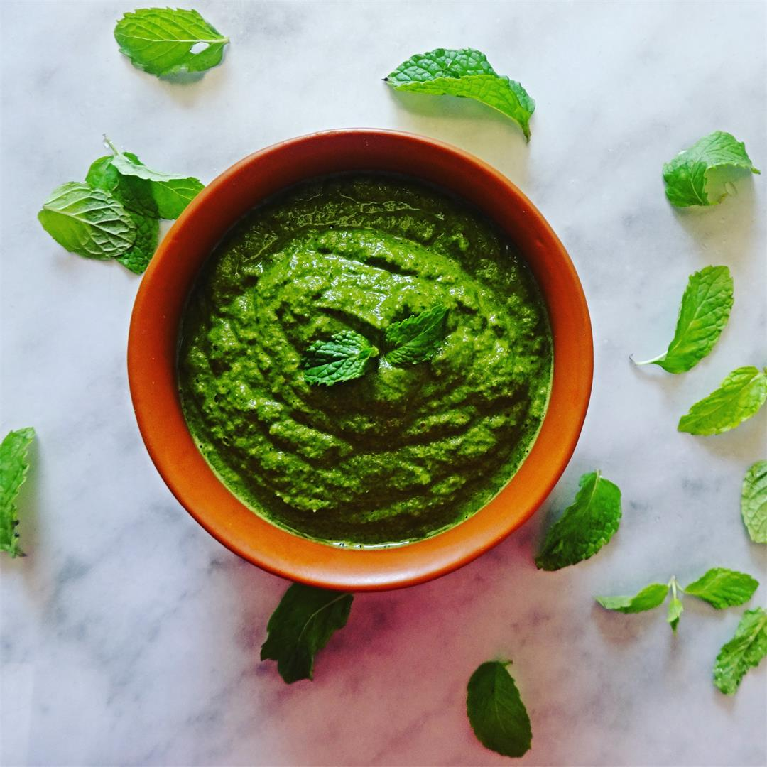 Pudina Chutney – Easy Mint leaves chutney recipe