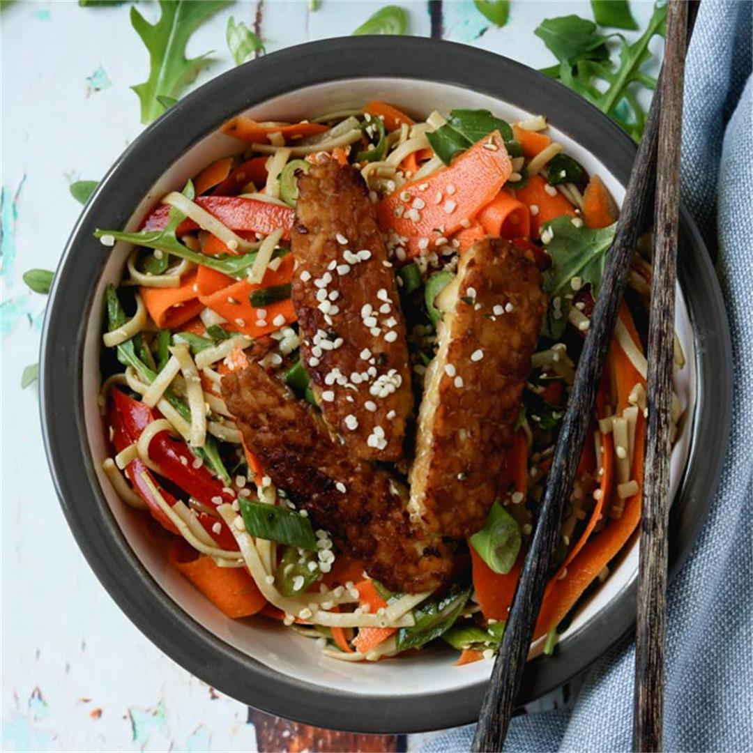 Chilled Sesame & Carrot Soba Noodle Bowl