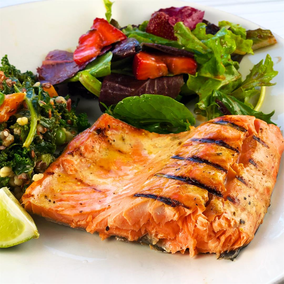 Quick and Easy Honey Sriracha Salmon