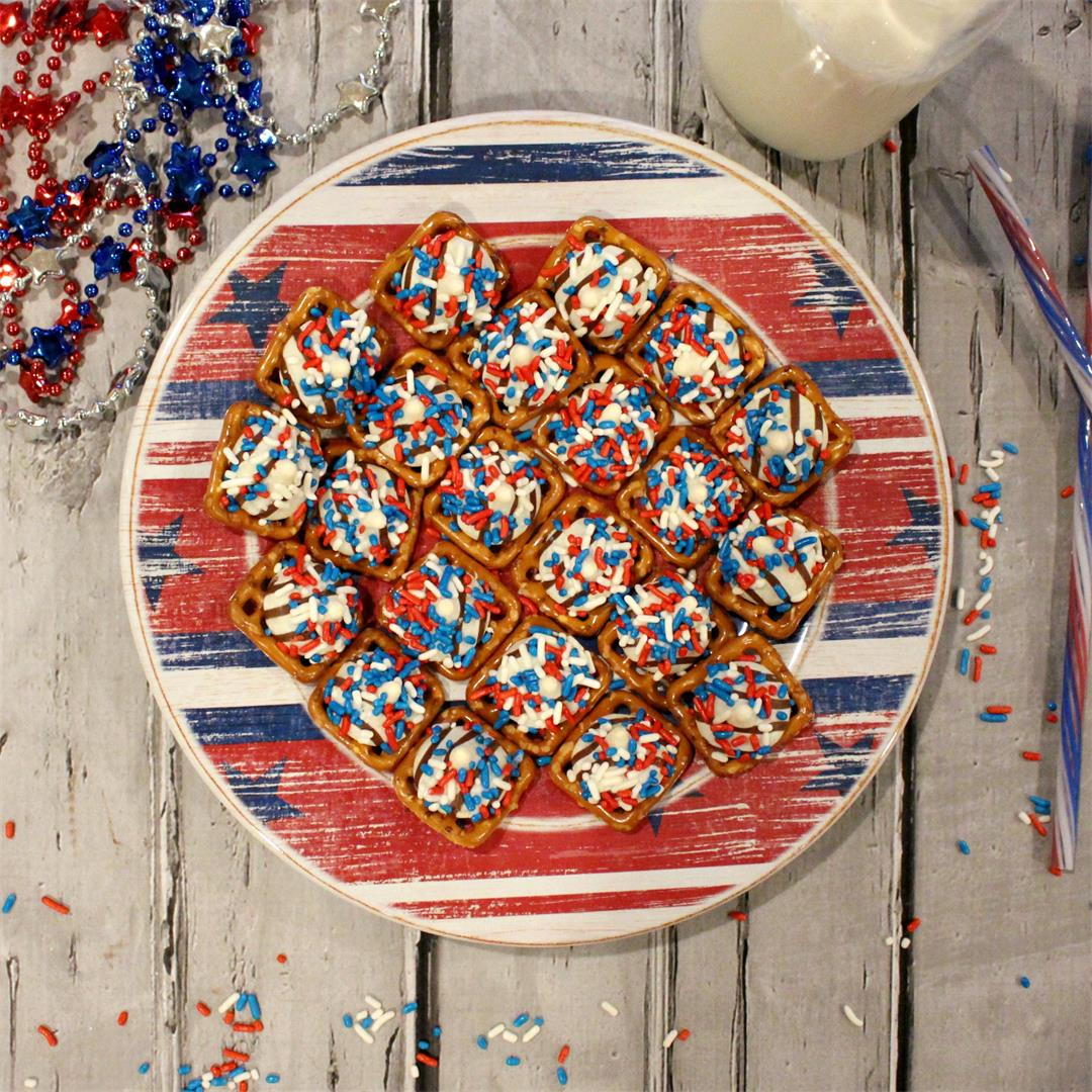 Sweet and Salty Patriotic Hugs Pretzel Snaps