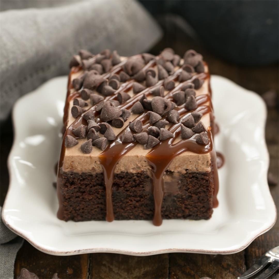 Chocolate Kahlua Poke Cake