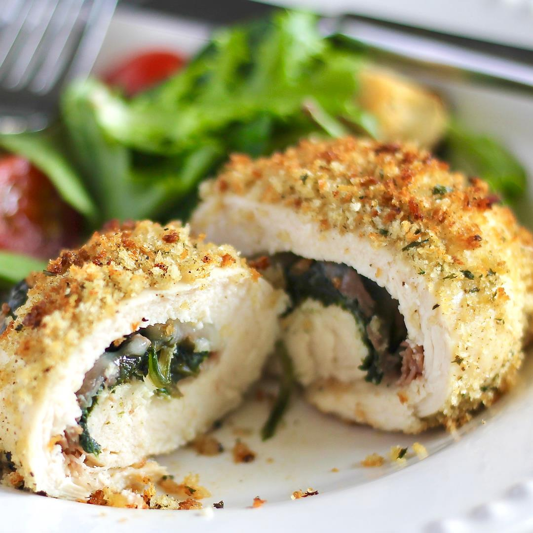Rolled Chicken Saltimboca. Quick, easy and delicious dinner.