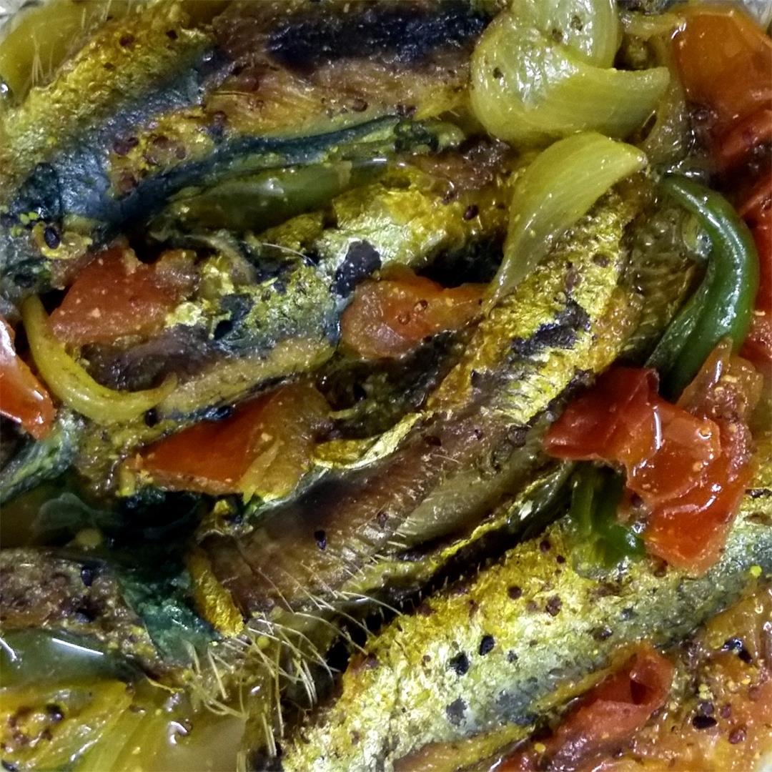 Sardine kalonji jhal - Sardine in mustard gravy (Bengali style)