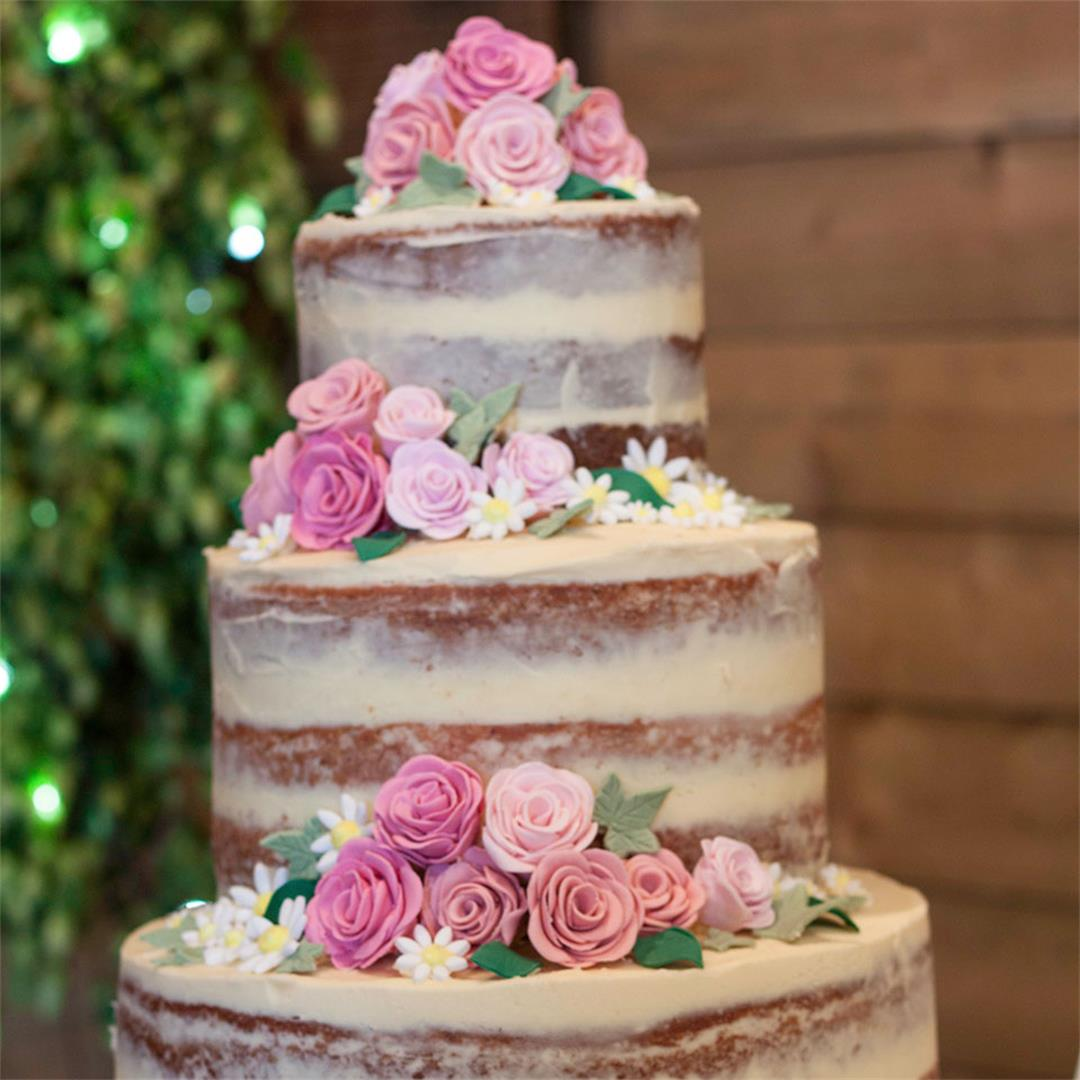 How to make a semi-naked wedding cake