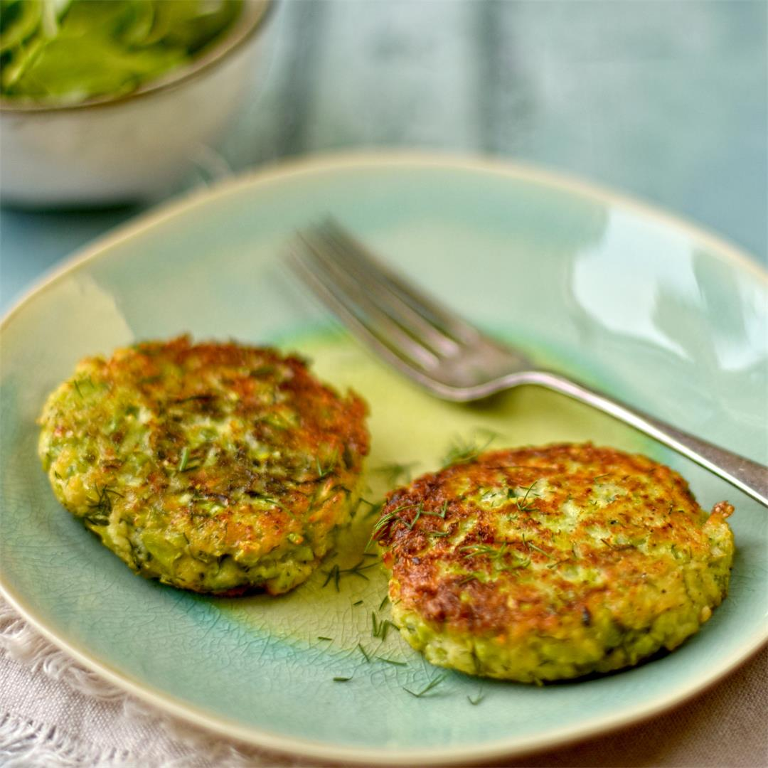 broad bean, dill and mozzarella fritters