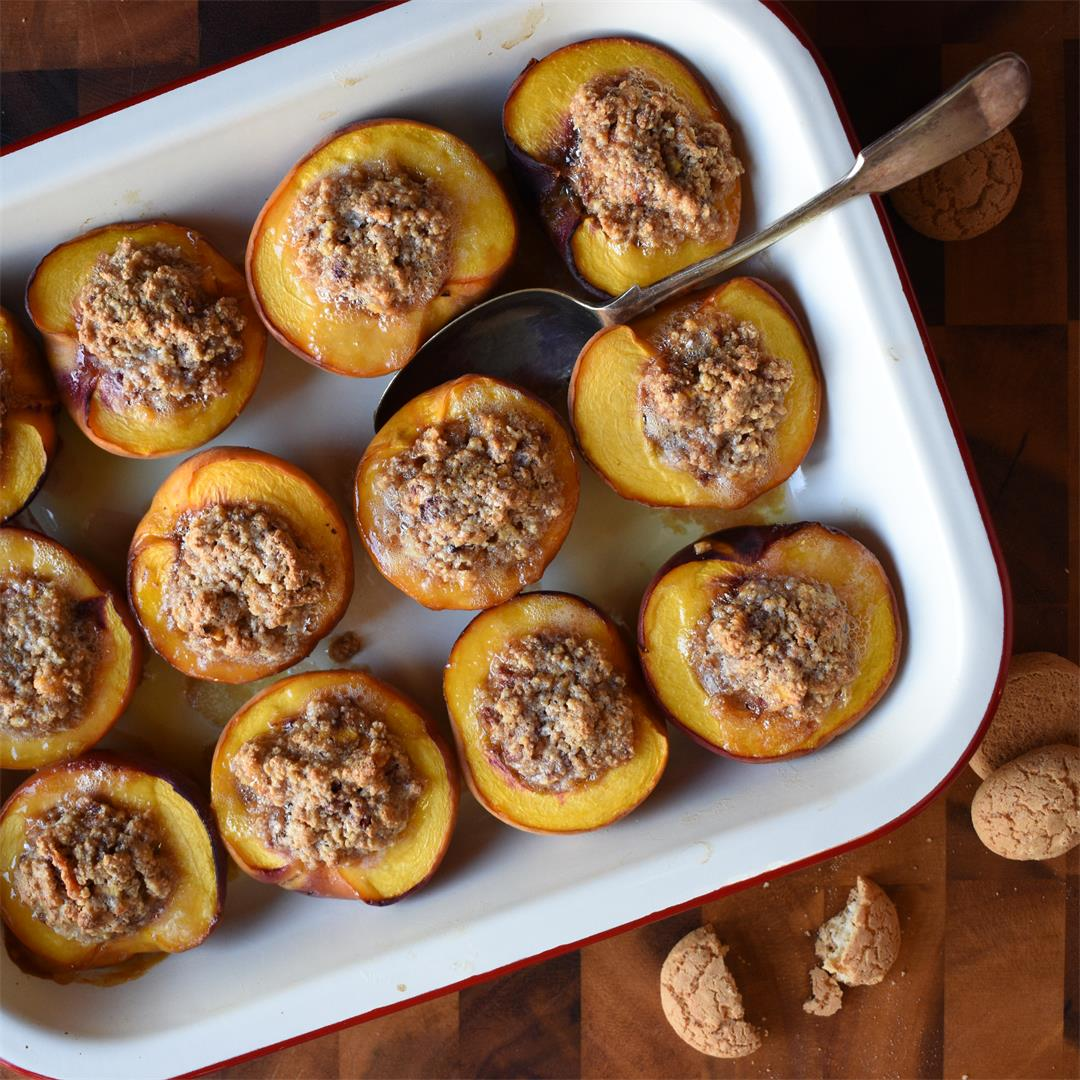Baked Peaches stuffed with Amaretti are easy and delicious!