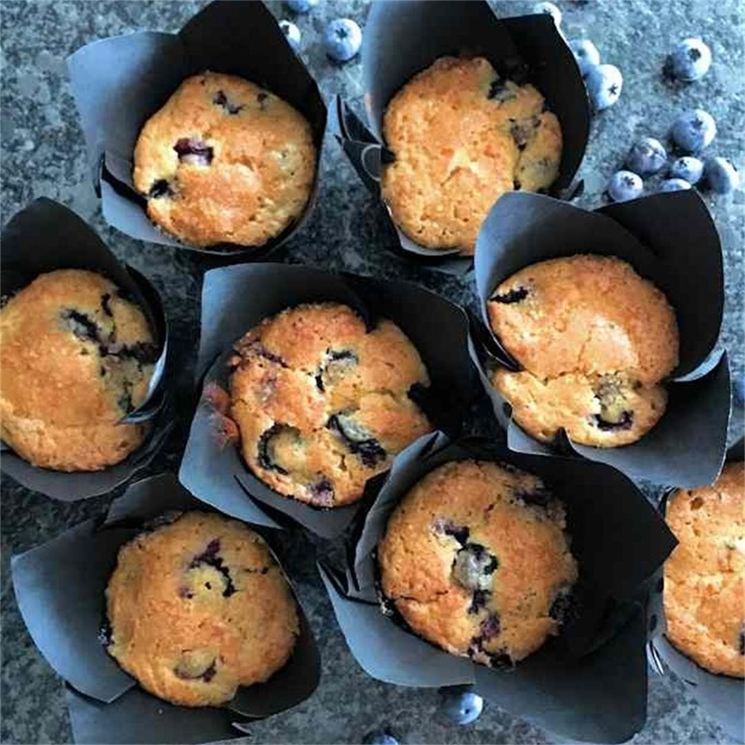 Cupcakes with smashed blueberries